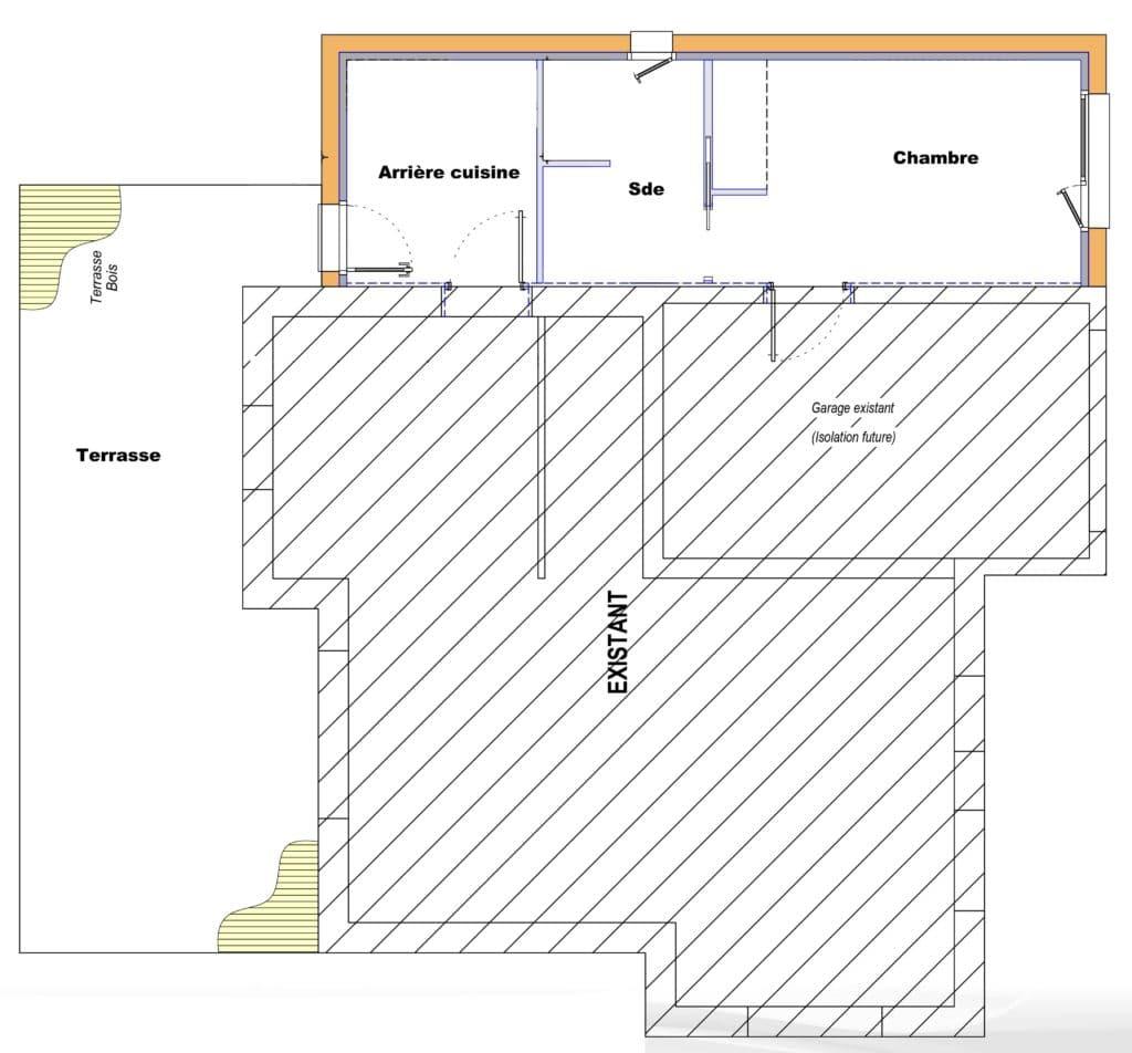 L'extension permet d'accueillir une chambre avec salle de bain et une arrière cusisine