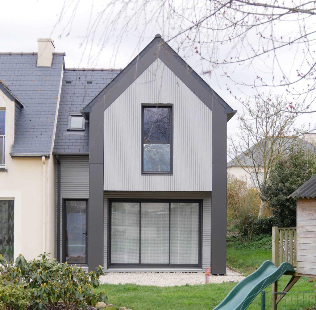 Extension bois avec toiture en ardoises naturelles