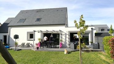 Extension bois avec enduit terminée dans le Morbihan