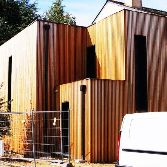 Vue latérale de l'extension bois